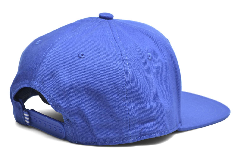 Divers Adidas Originals AC CAP TRE FLAT Casquette Bleu vue portées chaussures