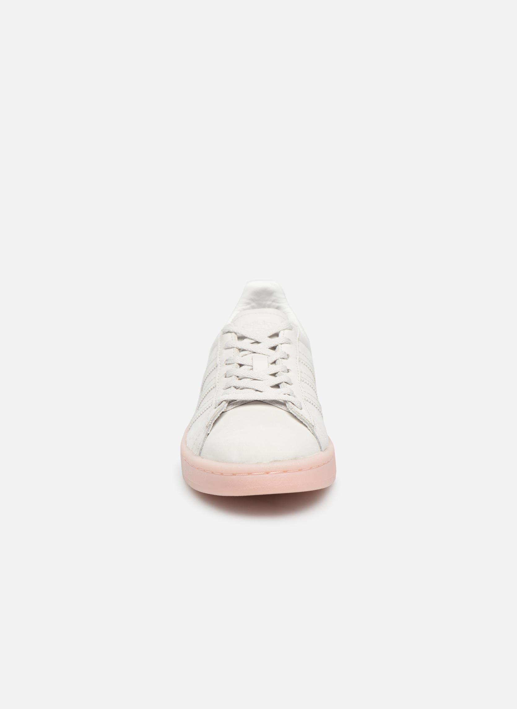 Baskets Adidas Originals Campus W Rose vue portées chaussures