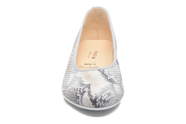 Ballerines Hassia Nizza 2106 Gris vue portées chaussures