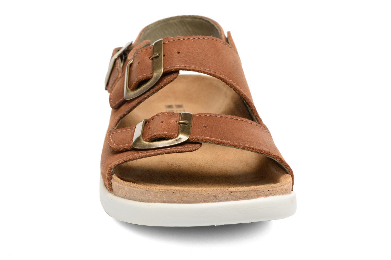 Sandales et nu-pieds El Naturalista Koi N5091 Marron vue portées chaussures