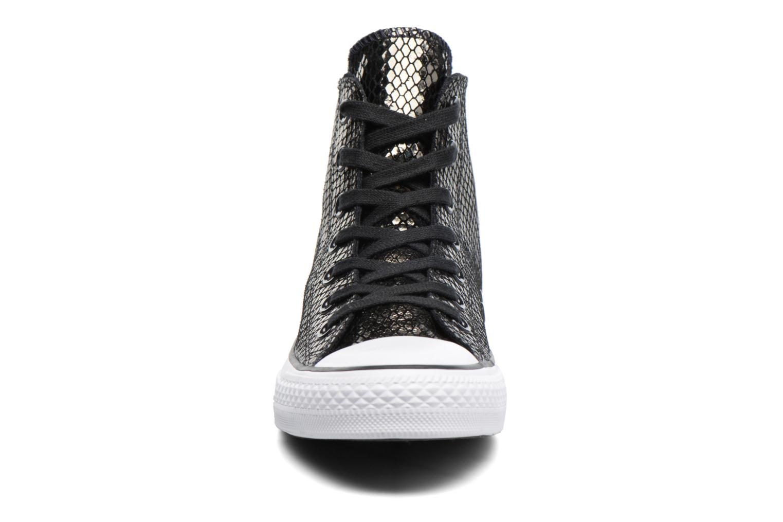Sneakers Converse Chuck Taylor All Star Hi Metallic Snake Leather Nero modello indossato