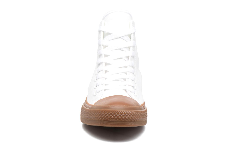 Baskets Converse Chuck Taylor All Star II Hi Tencel Canvas Blanc vue portées chaussures