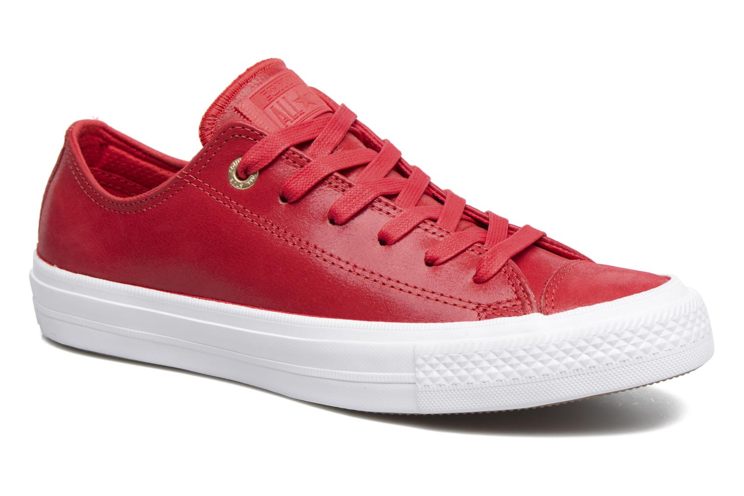 Baskets Converse Chuck Taylor All Star II Ox Craft Leather Rouge vue détail/paire