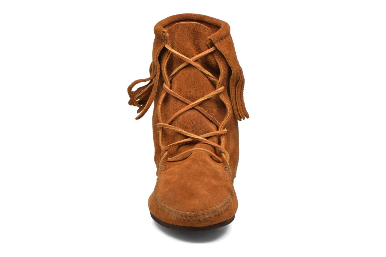 Ankle boots Minnetonka Tramper Bt H Brown model view