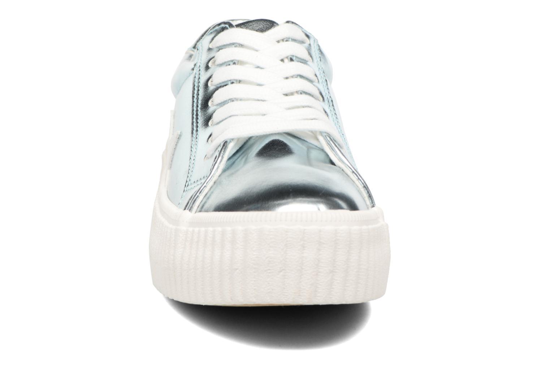 Baskets Coolway Cherry Bleu vue portées chaussures