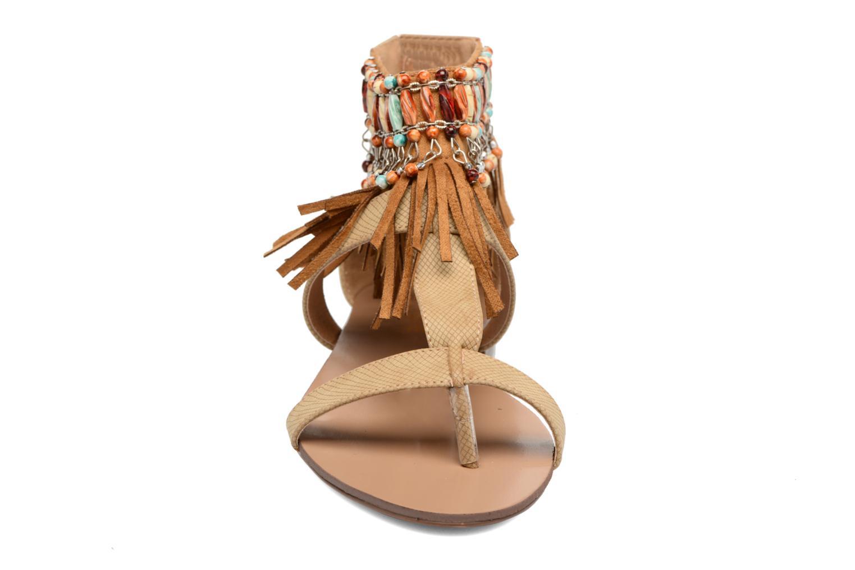 Sandales et nu-pieds Kaporal Loisi Marron vue portées chaussures