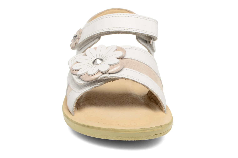 Sandales et nu-pieds Start Rite SR Soft Clara Blanc vue portées chaussures