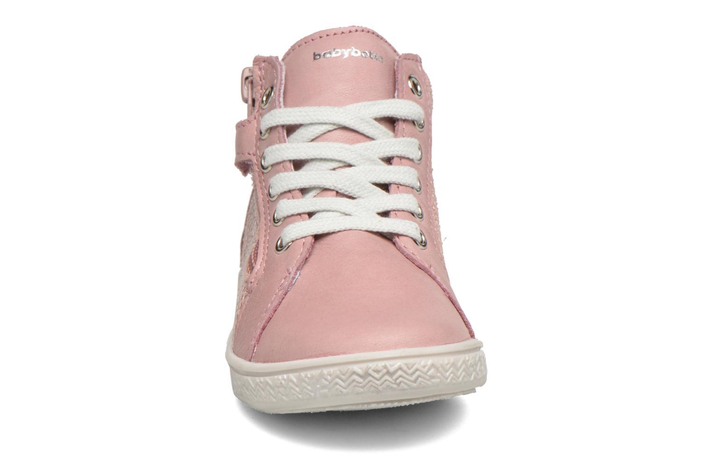 Baskets Babybotte Aubladi Rose vue portées chaussures