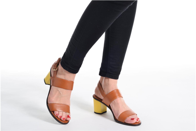 Sandales et nu-pieds What For Moon Marron vue bas / vue portée sac
