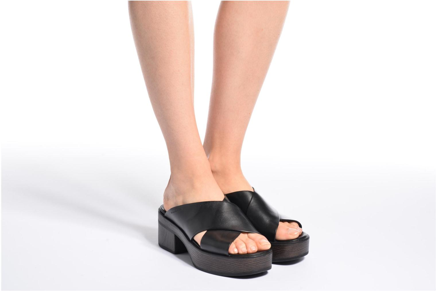 Mules & clogs Vagabond Noor 4336-101 Black view from underneath / model view