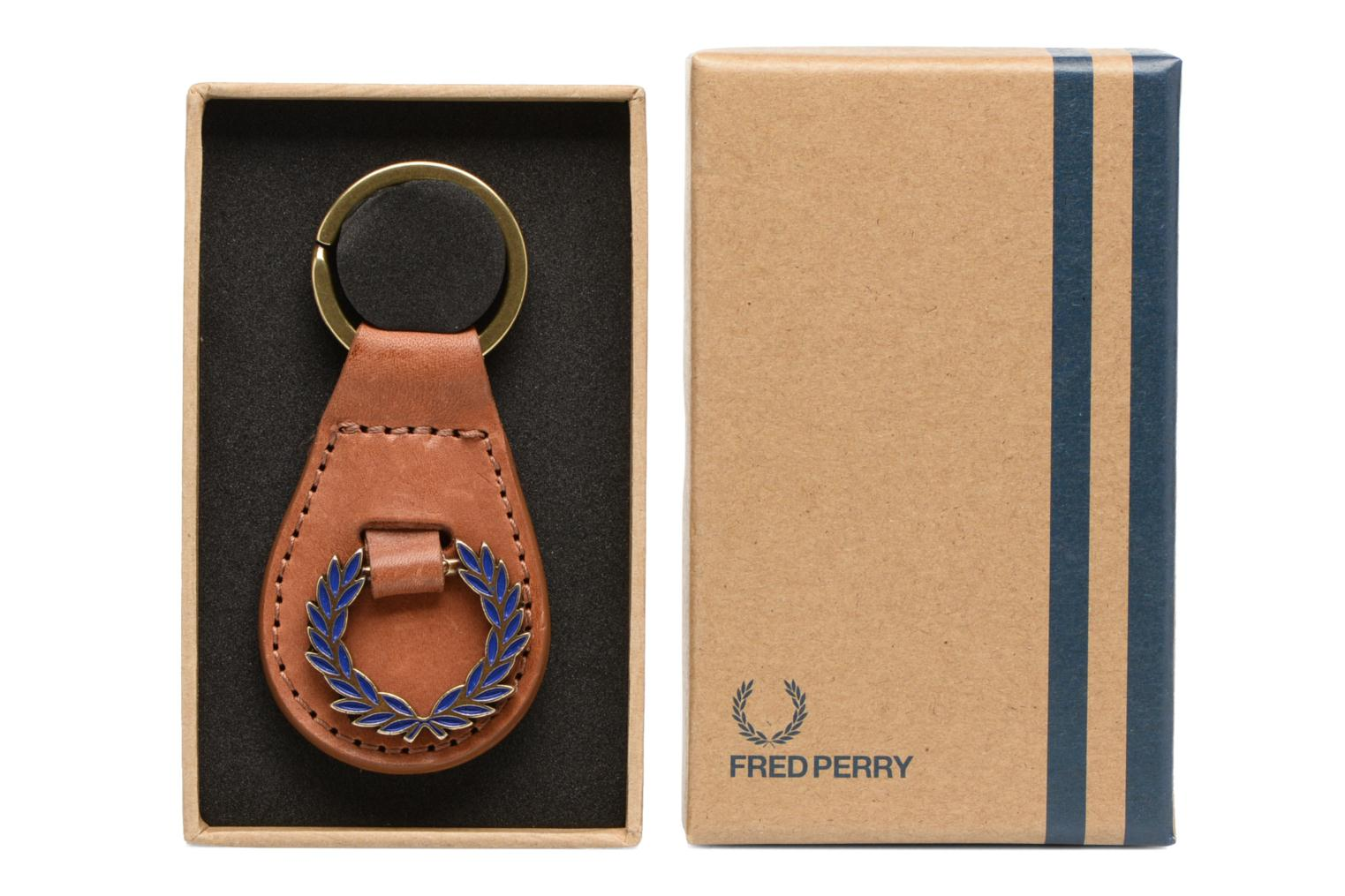 CLASSIC LAUREL WREATH KEY FOB Tan/regal