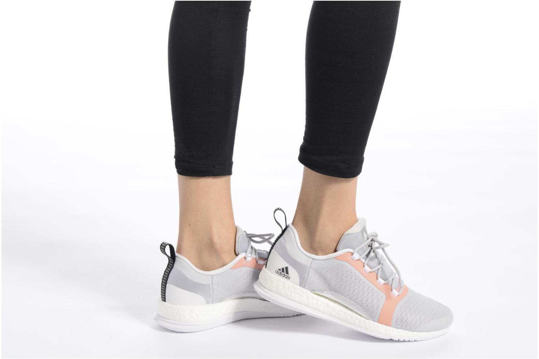 Chaussures de sport Adidas Performance PureBOOST X TR 2 Gris vue bas / vue portée sac