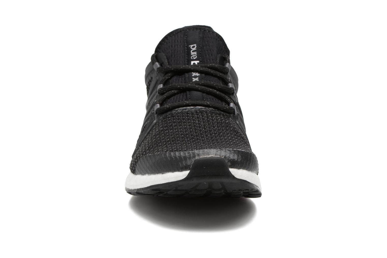 Chaussures de sport Adidas Performance PureBOOST Xpose Noir vue portées chaussures