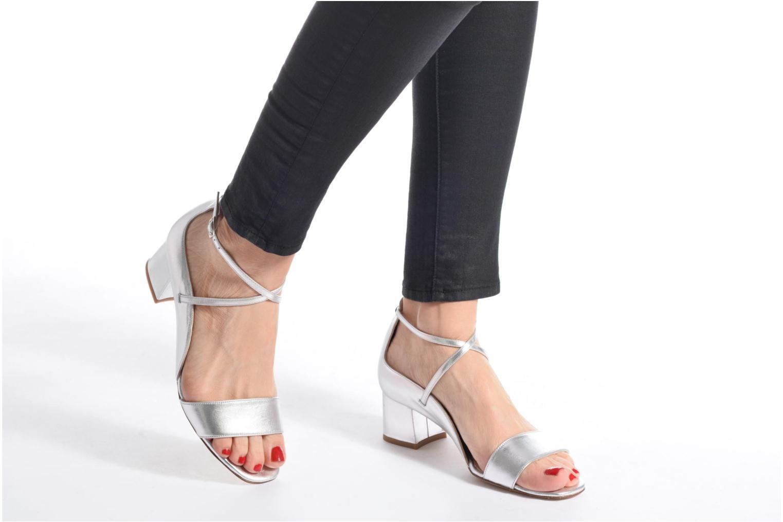Sandales et nu-pieds L.K. Bennett Dina Argent vue bas / vue portée sac