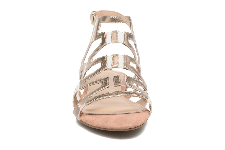 Sandales et nu-pieds Guess RAMLEE Or et bronze vue portées chaussures
