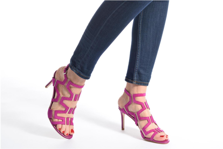 Sandales et nu-pieds Guess CYARRA Violet vue bas / vue portée sac