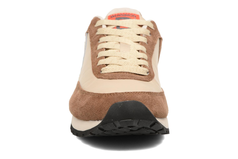 Baskets Bensimon Runnings Marron vue portées chaussures