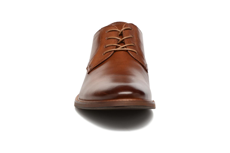 Chaussures à lacets Aldo CERNEGLONS-R Marron vue portées chaussures