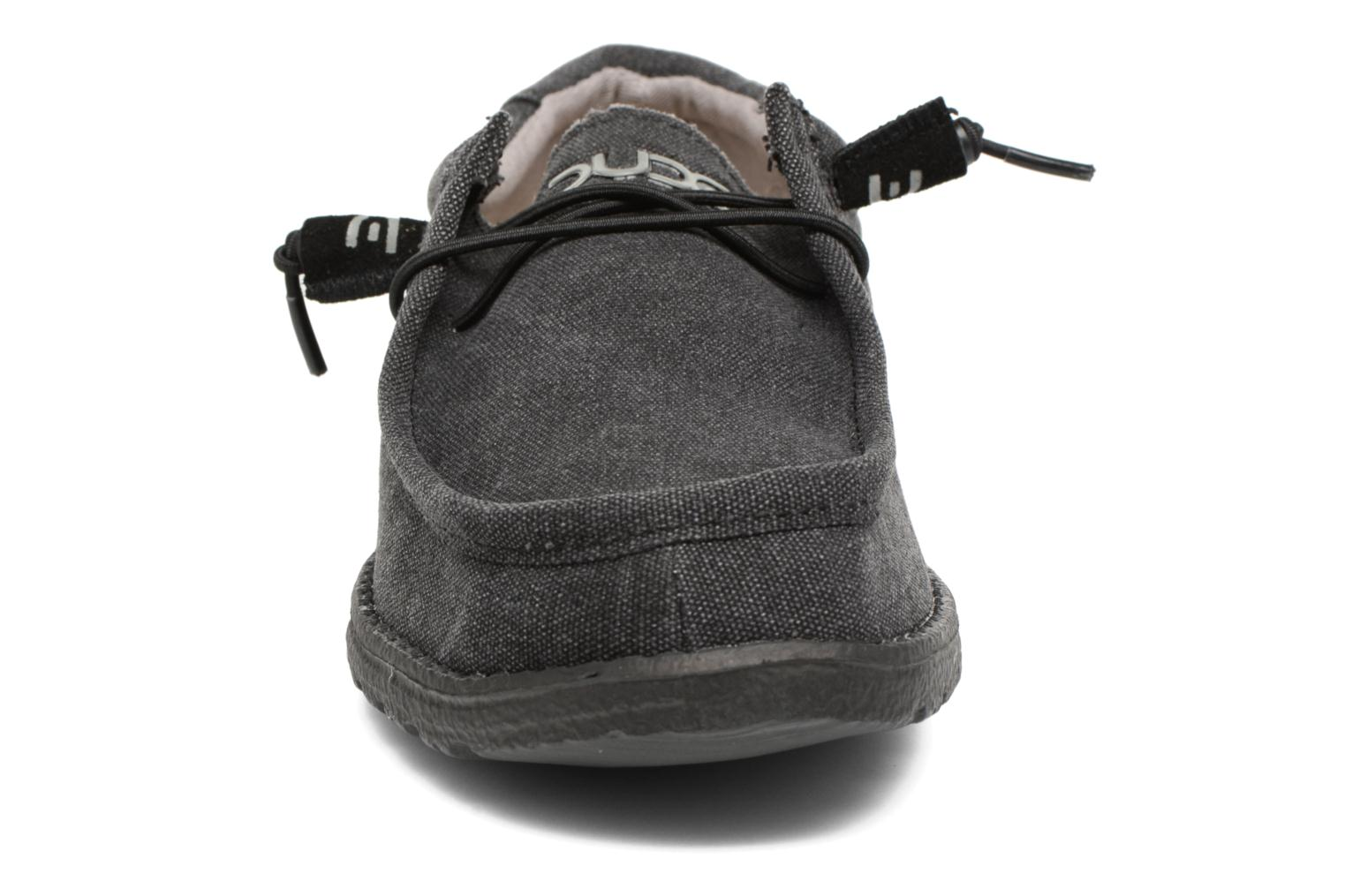 Lace-up shoes DUDE Wally Classic Black model view