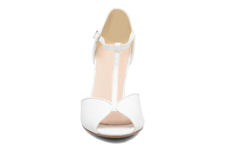 High heels Georgia Rose Gitango 3 White model view