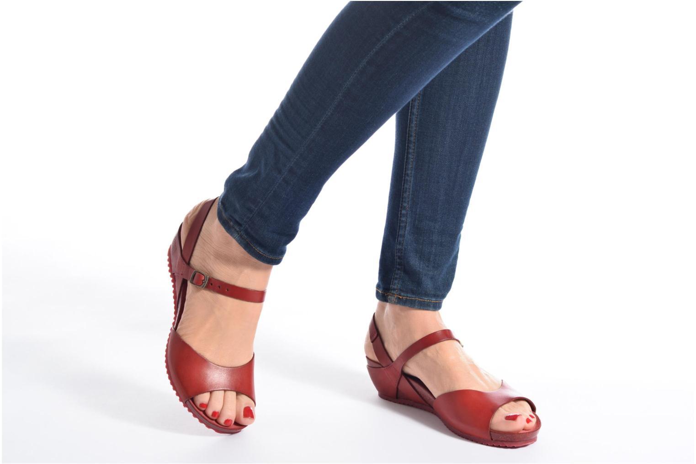 Sandales et nu-pieds TBS Samata Rouge vue bas / vue portée sac
