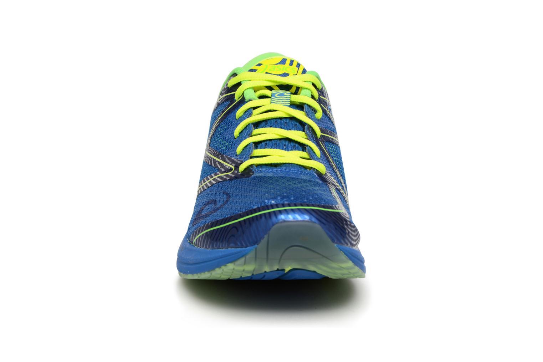 Chaussures de sport Asics Noosa FF Bleu vue portées chaussures
