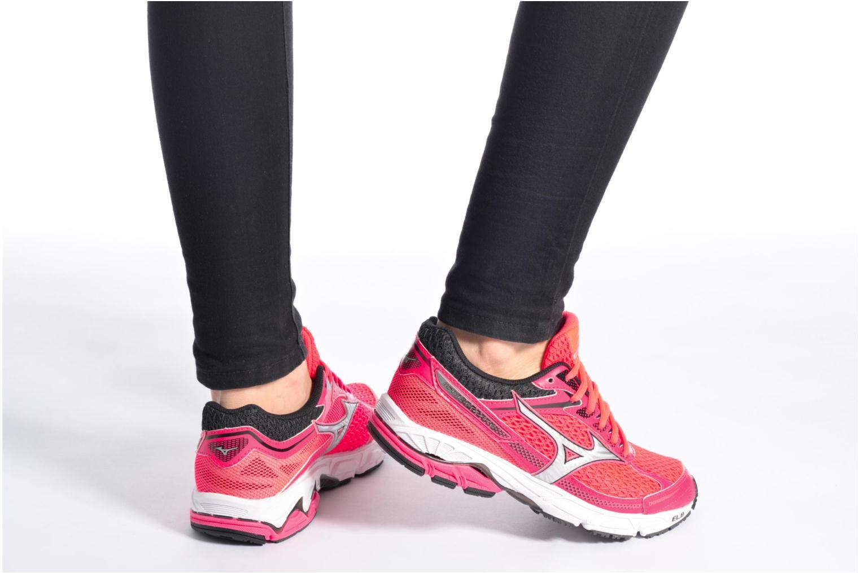 Chaussures de sport Mizuno Wave Equate W Rose vue bas / vue portée sac