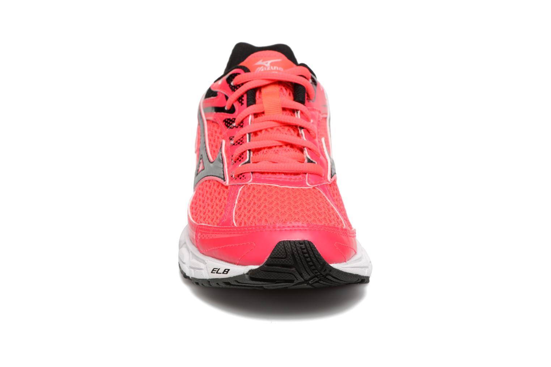 Chaussures de sport Mizuno Wave Equate W Rose vue portées chaussures