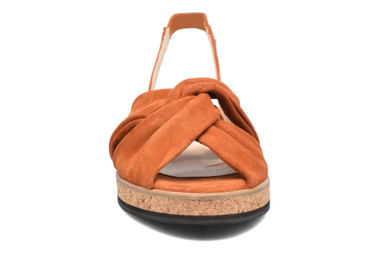 Sandales et nu-pieds Anaki Mismi Marron vue portées chaussures