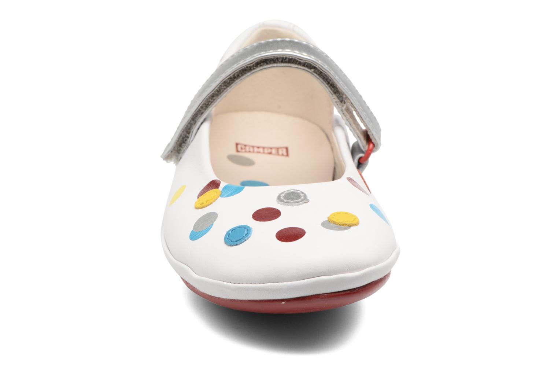 Ballerines Camper Tws 1 Blanc vue portées chaussures