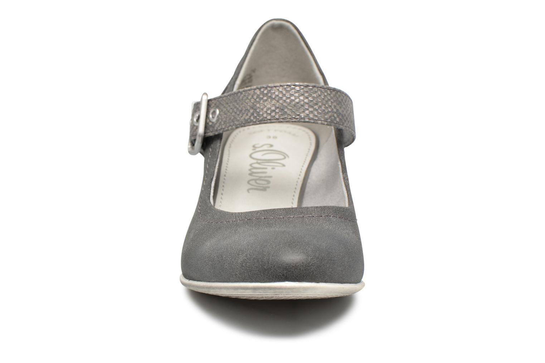 Zapatos de tacón S.Oliver Tadille Gris vista del modelo