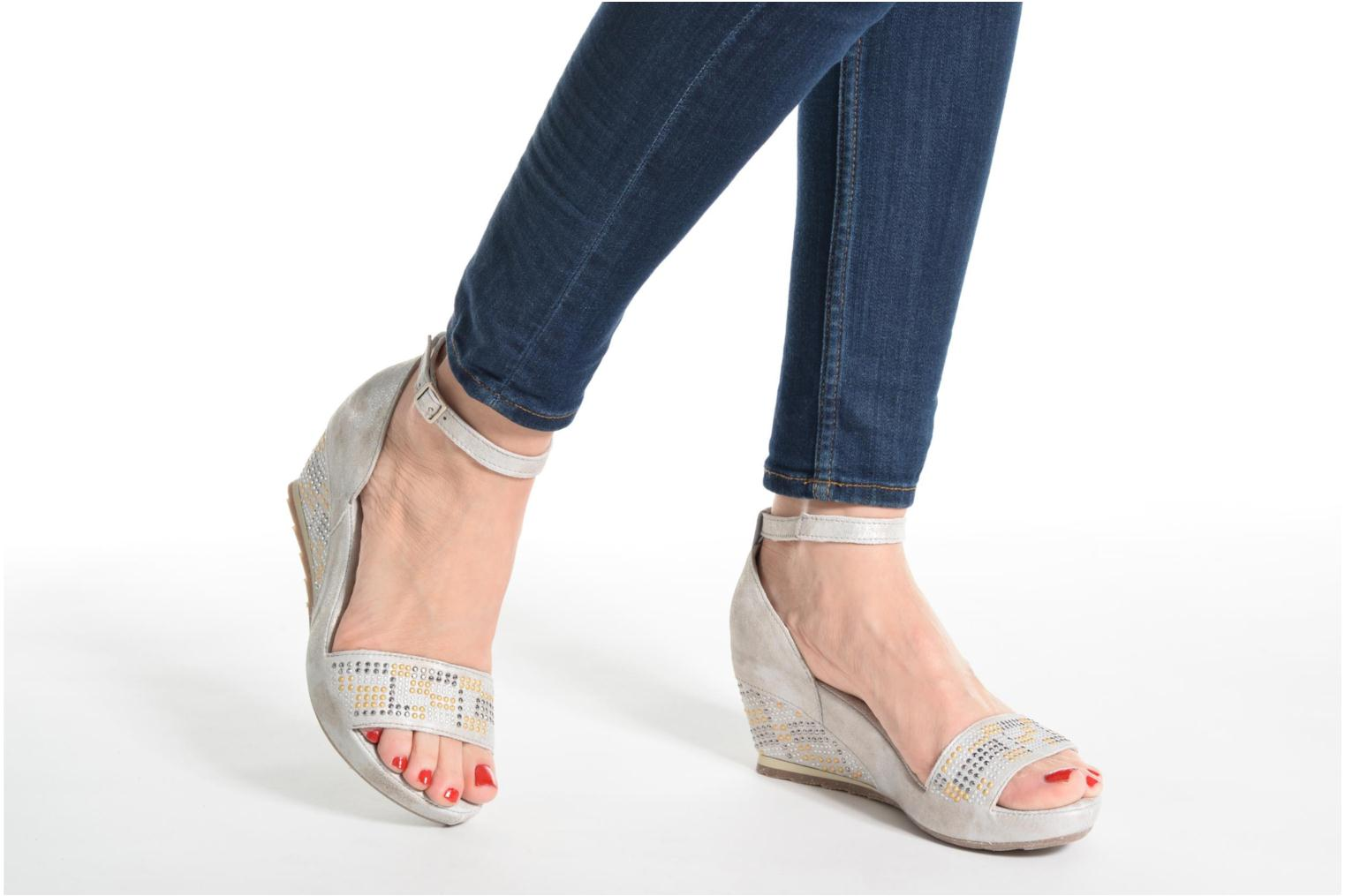 Sandals Khrio Maika Silver view from underneath / model view