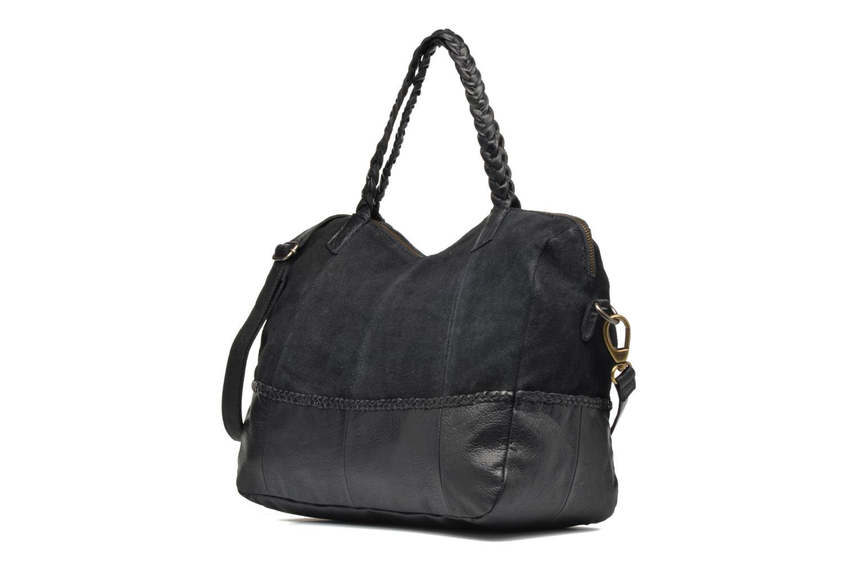 Sacs à main Pieces Cameo Leather bag Noir vue portées chaussures