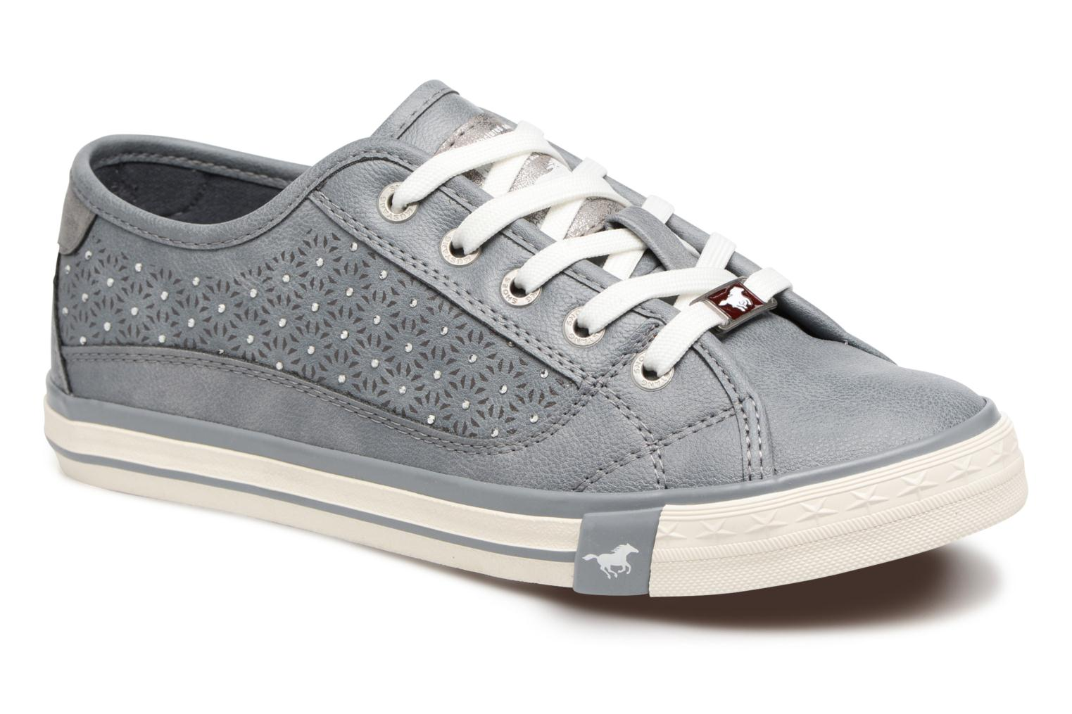 Trainers Mustang shoes Verena Grey detailed view/ Pair view