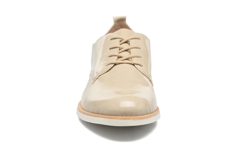 Chaussures à lacets Remonte Malou R0400 Beige vue portées chaussures