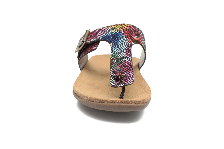 Sandales et nu-pieds Kickers Atobi Rouge vue portées chaussures