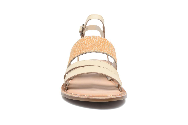 Sandales et nu-pieds Kickers Divatte Beige vue portées chaussures