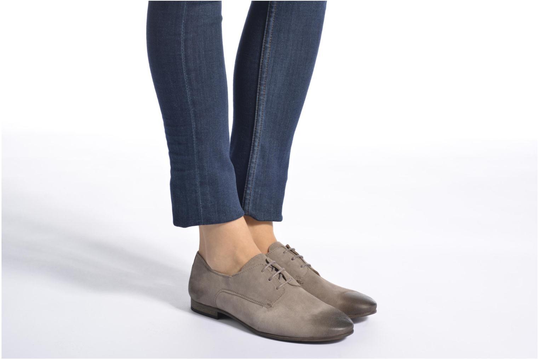 Schnürschuhe Kickers Galla blau ansicht von unten / tasche getragen