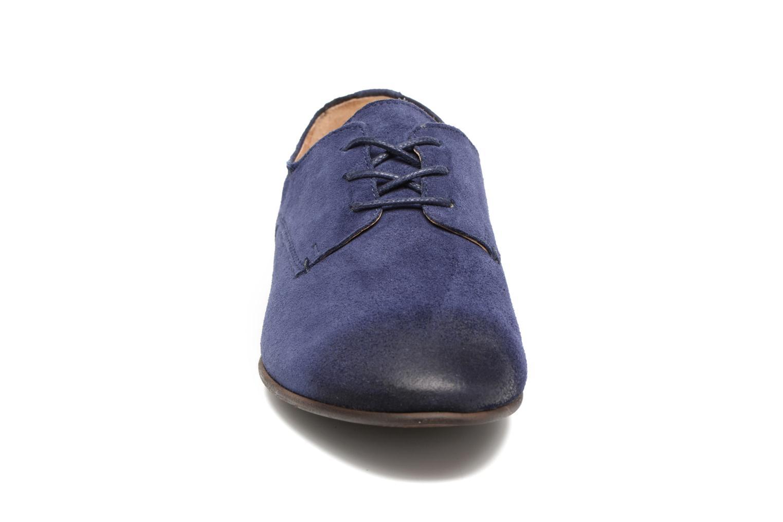 Scarpe con lacci Kickers Galla Azzurro modello indossato