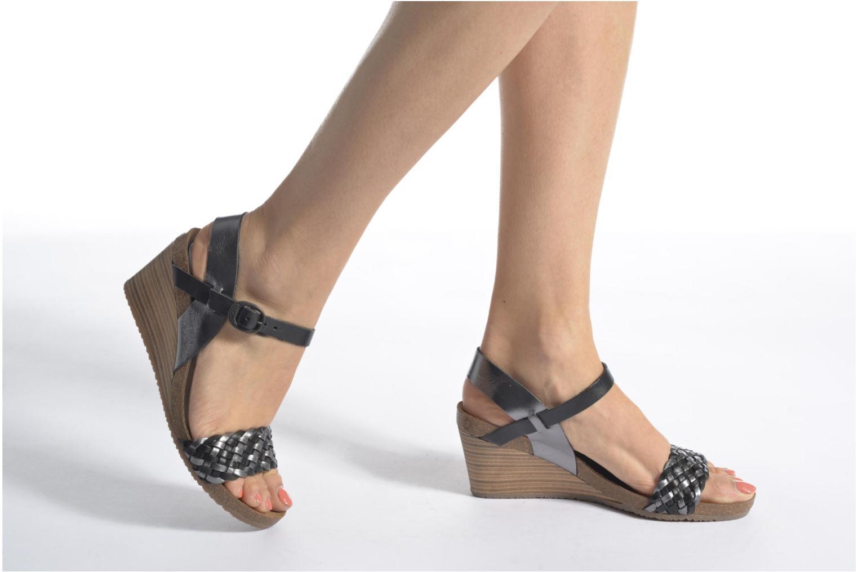Sandales et nu-pieds Kickers Splendid Gris vue bas / vue portée sac