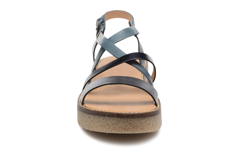Sandales et nu-pieds Kickers Valentina Bleu vue portées chaussures