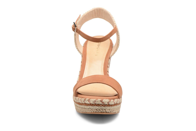 Sandalen COSMOPARIS Agaya braun schuhe getragen