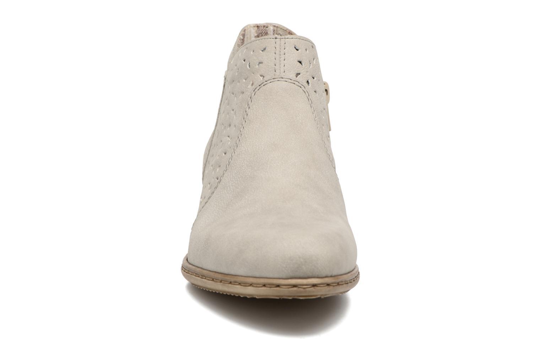 Bottines et boots Rieker Marla 0785 Gris vue portées chaussures