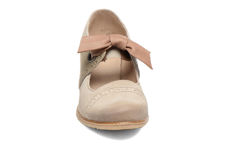 Escarpins Dkode Valeria Beige vue portées chaussures