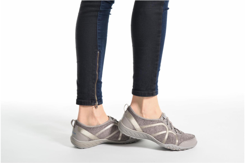 Sneakers Skechers Breathe-Easy Fortune Beige se forneden