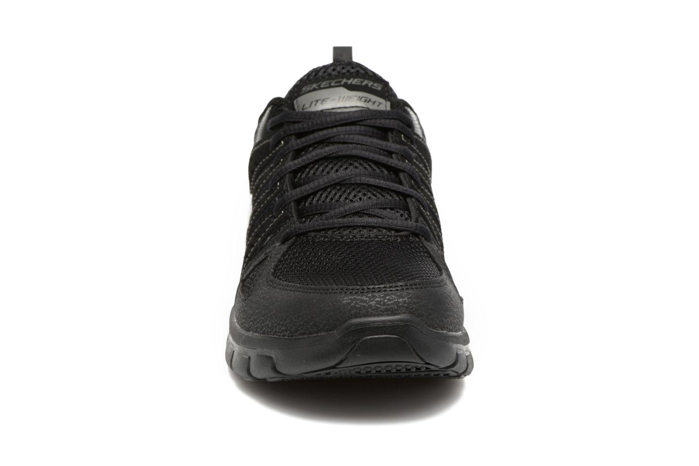 Sneaker Skechers Synergy Look Book schwarz schuhe getragen
