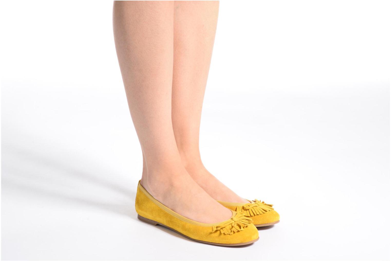 Ballerinas Georgia Rose Lafrange gelb ansicht von unten / tasche getragen