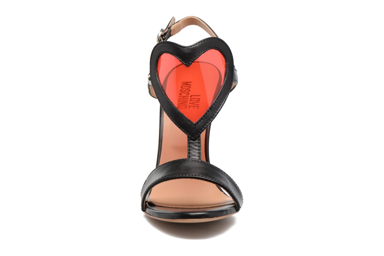 Sandales et nu-pieds Love Moschino Amorino Noir vue portées chaussures