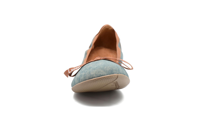 Ballerines Les P'tites Bombes Ella Jeans Bleu vue portées chaussures