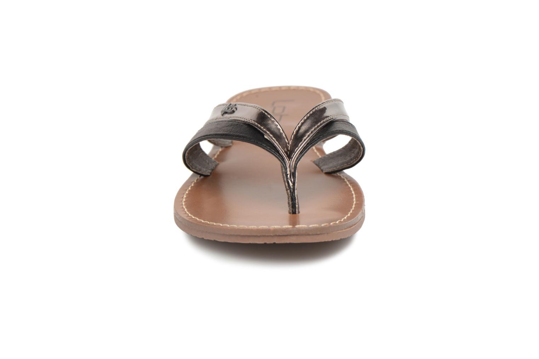 Tongs Les P'tites Bombes Kalinda Noir vue portées chaussures